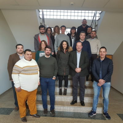 Representantes de empresas de APROEMA visitan la nueva planta de recuperación de materiales de Sogama