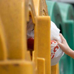 Los deberes en materia de residuos peligrosos que exige la futura Ley estatal son inabordables para los ayuntamientos